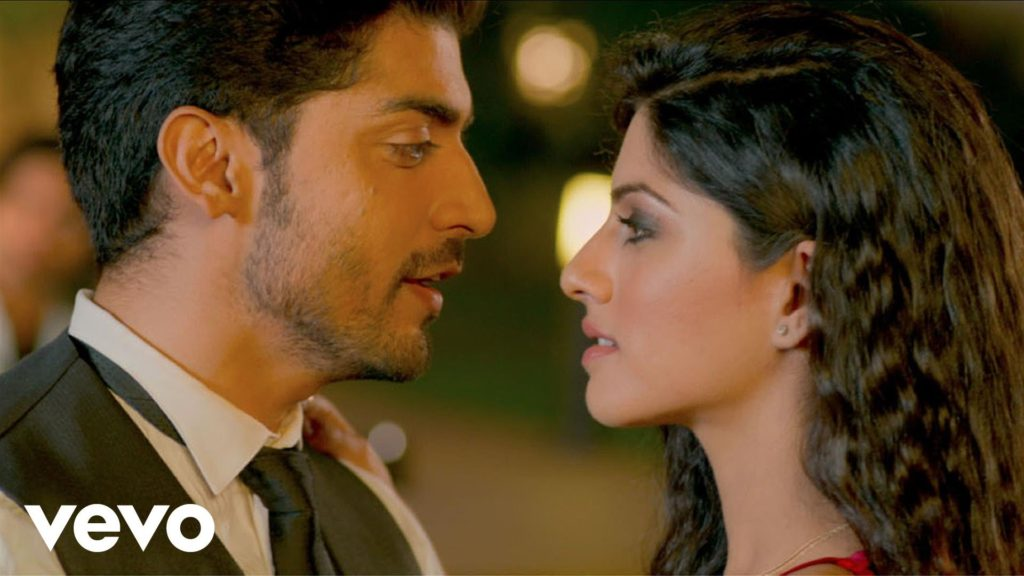 Baatein Ye Kabhi Na‬ Lyrics of Arijit Singh from Khamoshiyan Movie