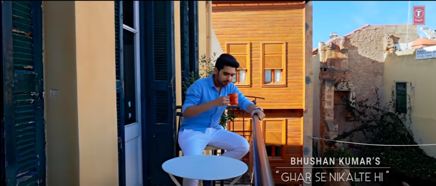 image of Ghar Se Nikalte Hi SONG LYRICS Armaan Malik