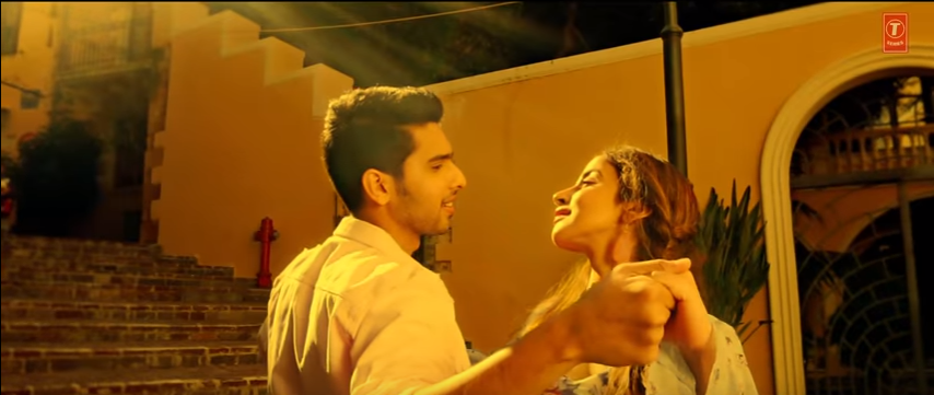 love images of Ghar Se Nikalte Hi SONG LYRICS Armaan Malik - chiarit desai