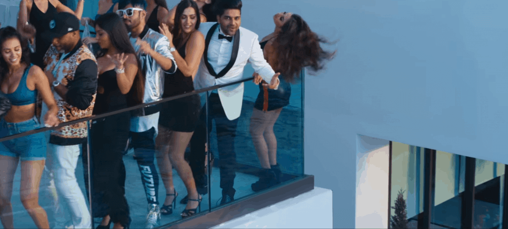 girls on the roof with guru randhawa songs