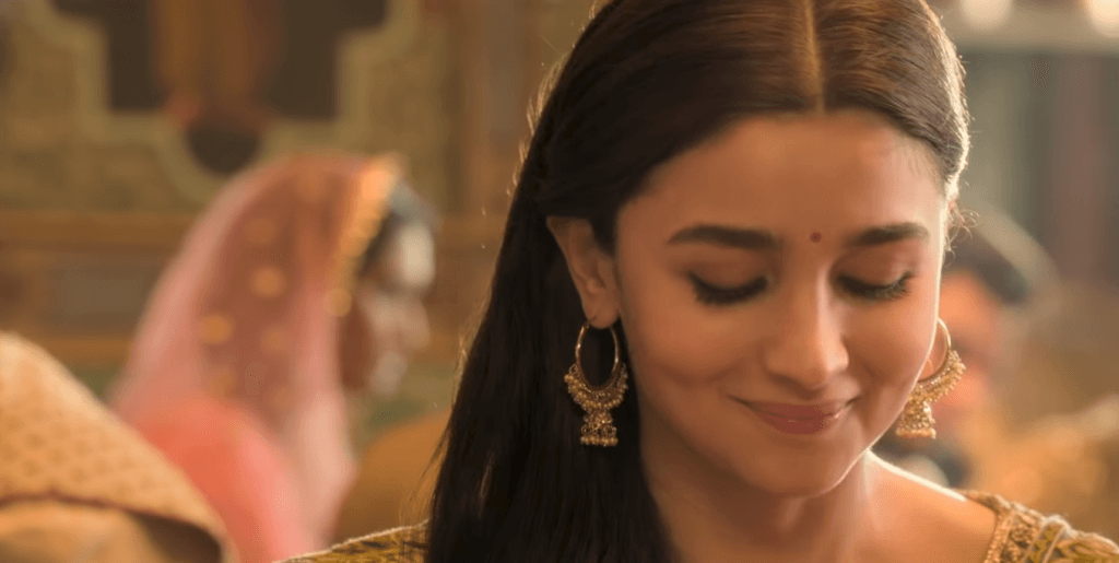 latest movie kalank song lyrics & photo