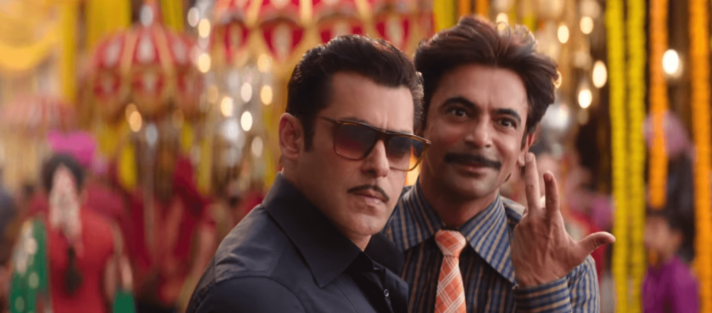 gulati and slaman khan image from Bharat movie song Aithey aa song