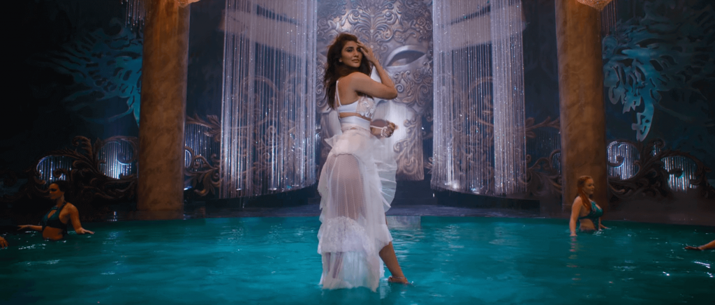 Vaani kapoor bikini photos Form movie WAR 2019